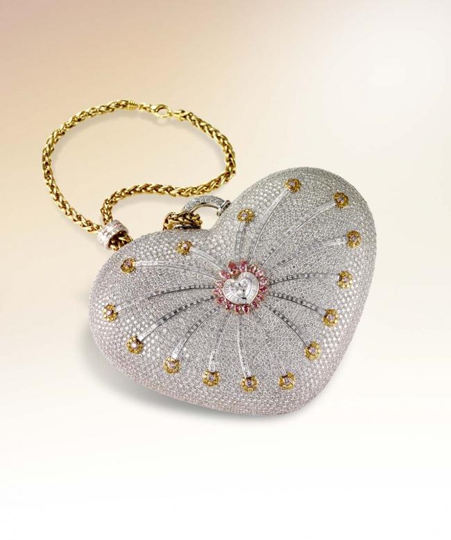 14373310-mouawad-diamond-purse-sm-1494576831-650-e2bb1a228d-1495522482